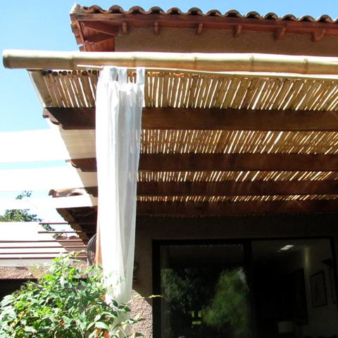 Bamboobiz dise o en bamb for Rieles para toldos de techo